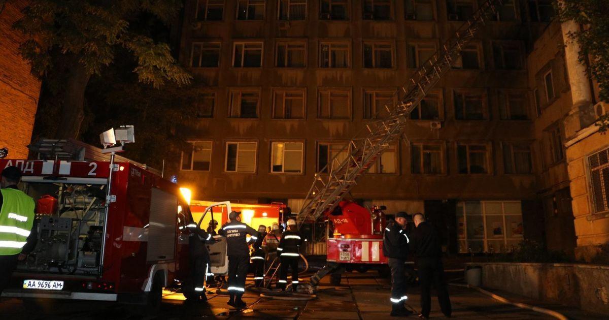В лифте столичного университета после пожара нашли труп