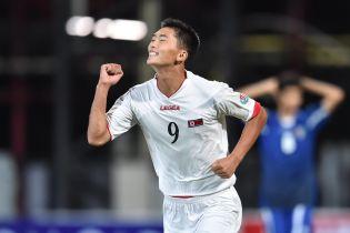 Власти Северной Кореи запретили футболисту выступать на телевидении