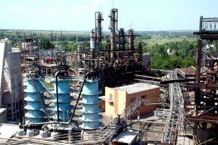 Води Донеччини можуть стати отруйними через обстріл бойовиками Торецького фенольного заводу - СЦКК