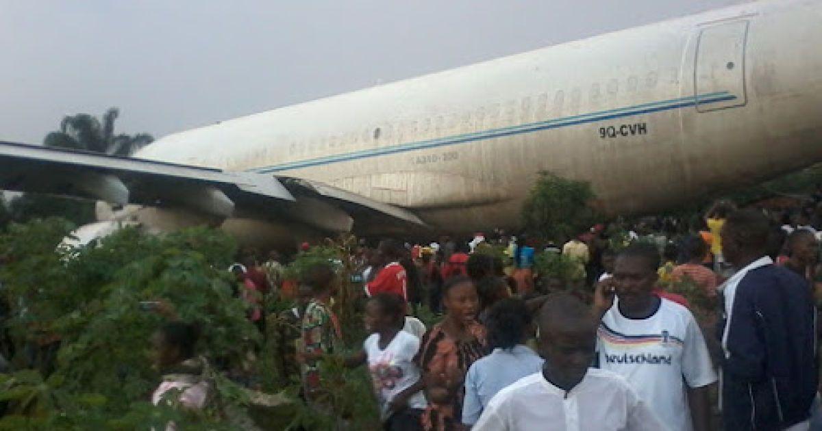 В Конго разбился военный самолет, на борту которого могли быть украинцы