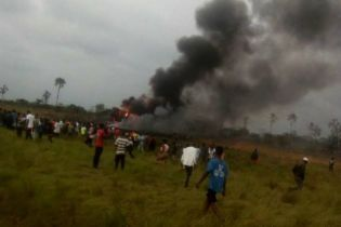 Миротворці підтвердили смерть трьох українців на борту військового літака у Конго