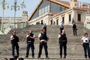 """""""ИГ"""" взяло на себя ответственность за нападение на вокзале в Марселе - Reuters"""