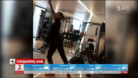 Беременная гимнастка Анна Ризатдинова показала, как держит себя в форме