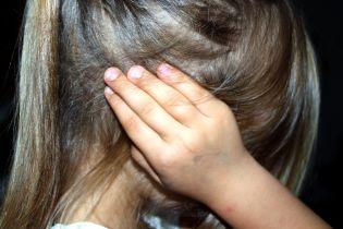 У Черкаській області 10-річну дитину намагався зґвалтувати співмешканець її бабусі