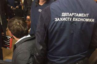 В Харькове госисполнитель погорел на взятке в более чем 100 тыс. гривен