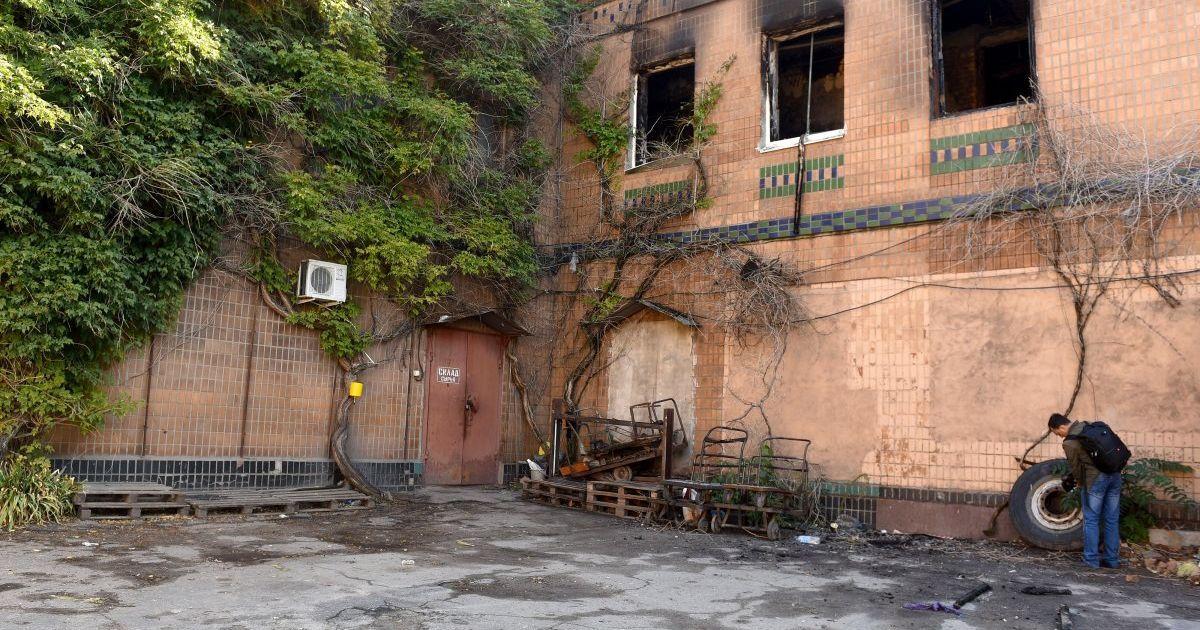 В Запорожье задержали владелицу здания, где в нелегальном хостеле погибли постояльцы