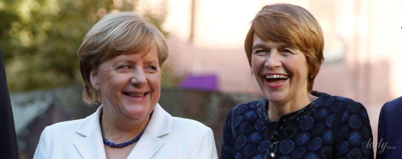 Ангела Меркель и Малу Дрейер затмили первую леди Германии на национальном празднике
