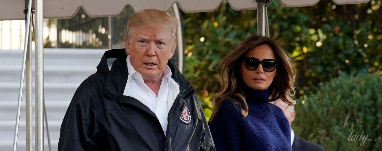 Мелания Трамп прибыла на военную базу в кашемировом свитере и на шпильках
