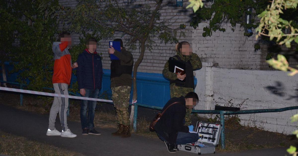 Зловмиснику загрожуєпокарання у вигляді позбавлення волі від 9 років до довічного ув'язнення. @ ГУ НП у Луганській області