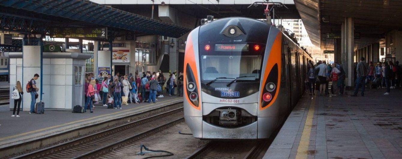 Украина и Польша планируют открыть новое железнодорожное сообщение в следующем году