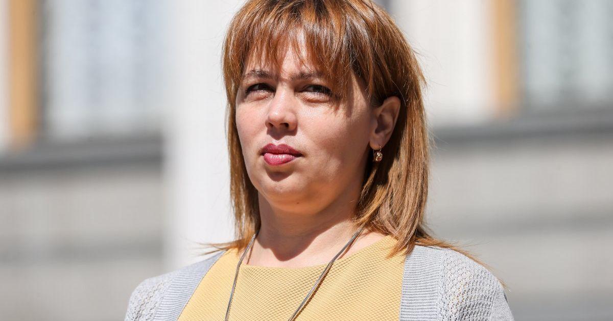 """""""Самопомич"""" выгнала из фракции депутата, которая голосовала за продление действия особого статуса ОРДЛО"""