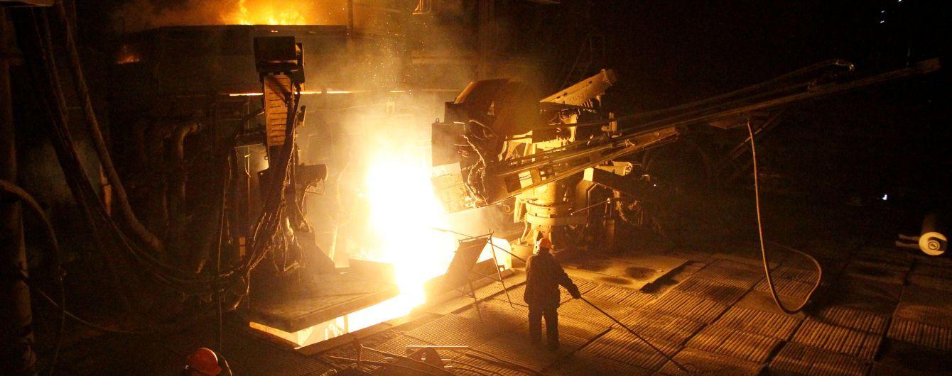 В Кривом Роге работники металлургического комбината забастовкой добились повышения зарплаты