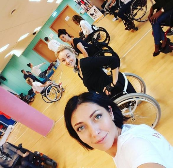 Конкурс краси серед дівчат на візках miss wheel chair world_2