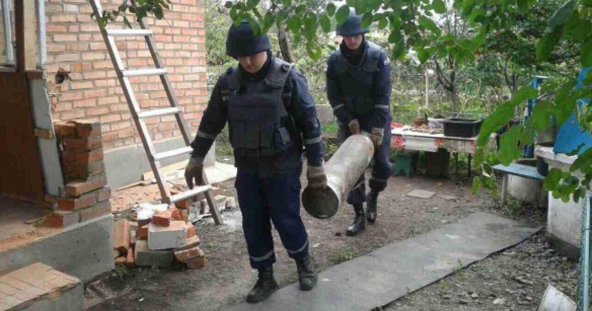 Понад 1,8 тис. вибухонебезпечних об`єктів було вилучено під час розмінування території @ dsns.gov.ua