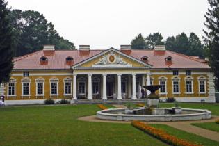 Український Версаль. Мандрівка до розкішного палацу в Самчиках