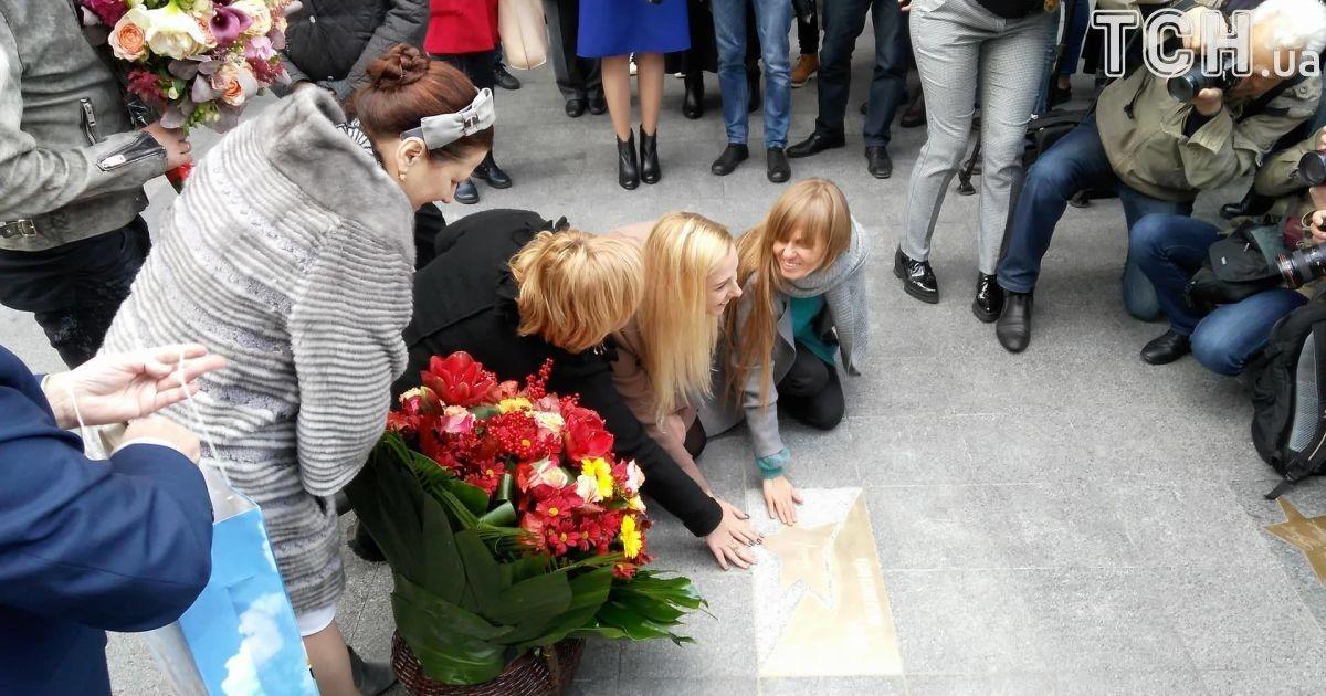 У Києві відкрили іменну зірку на честь Ніни Матвієнко @ Фото Дмитра Святненка/ТСН