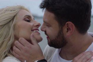 Ірина Федишин зняла чоловіка-продюсера у романтичному кліпі