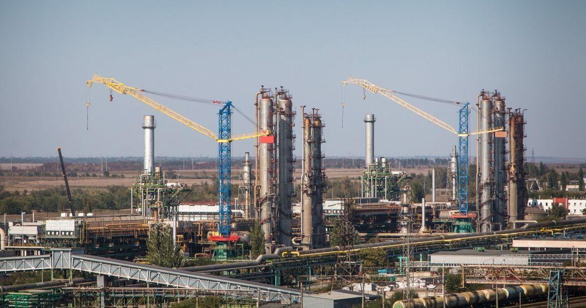 Новий керівник Одеського припортового заводу просить зменшити йому зарплатню вдесятеро