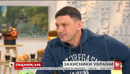 Военный корреспондент ТСН Андрей Цаплиенко рассказал о фронтовых буднях в зоне АТО