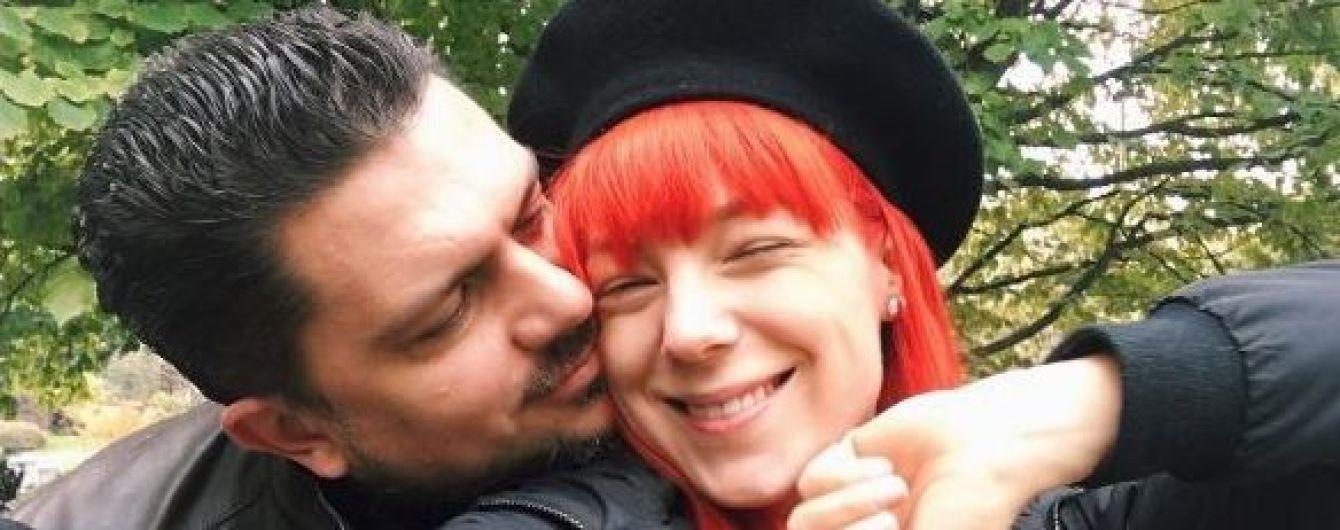 """Тарабарова з чоловіком відсвяткували """"ситцеве"""" весілля"""