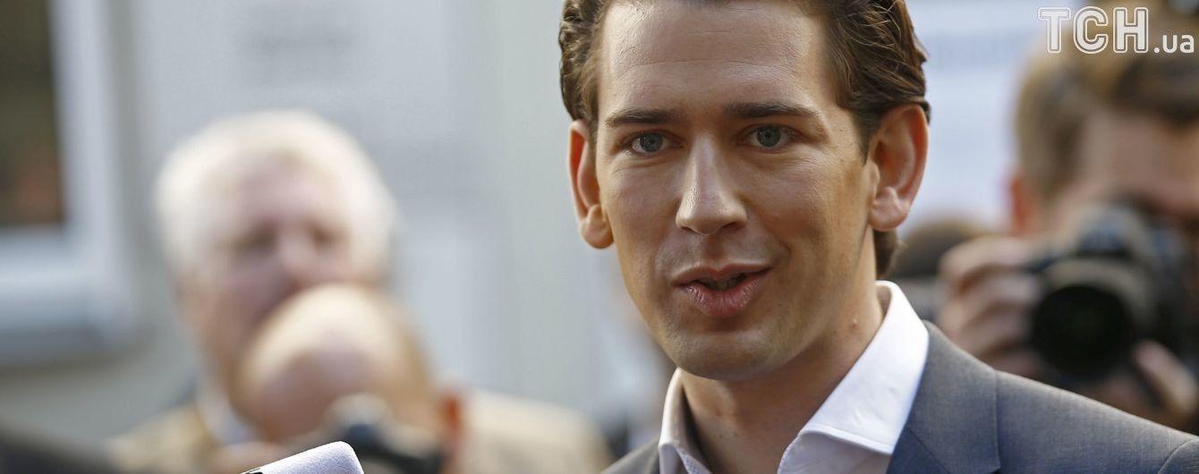 Порошенко четвертого сентября встретится с канцлером Австрии в Киеве