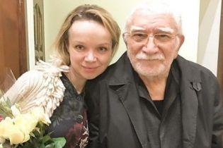 Армен Джигарханян пополнил ряды завидных холостяков
