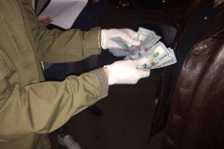 Офіцер Генштабу ЗСУ попався на хабарі у 3 тисячі доларів