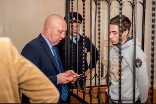 Ані передач, ані листів: батько незаконно утримуваного в РФ Гриба розповів про повну ізоляцію сина