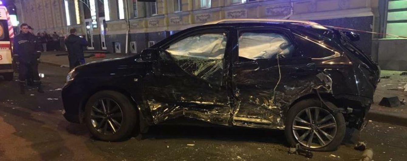 Подробности жуткого ДТП в Харькове: женщина за рулем Lexus пролетела на красный сигнал светофора