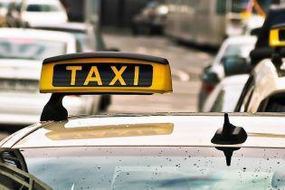 Огромные штрафы и конфискация авто: в правительстве решили упорядочить рынок такси в Украине