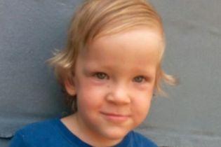 Кохлеарная имплантация нужна двухлетнем Егорку
