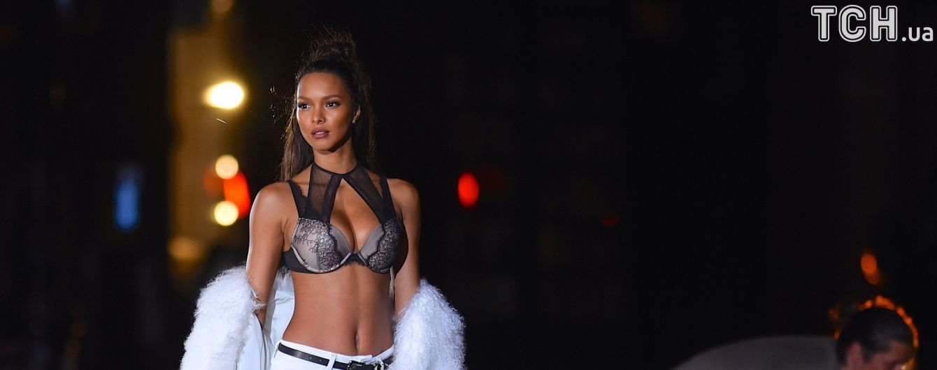 Родзинка шоу Victoria's Secret: у Мережі показали коштовне бра за два мільйони доларів