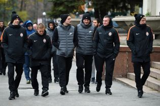"""Футболісти """"Шахтаря"""" здійснили прогулянку Харковом перед важливою грою у Лізі чемпіонів"""