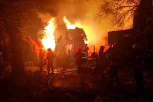 В Одесі повністю згорів корпус санаторію
