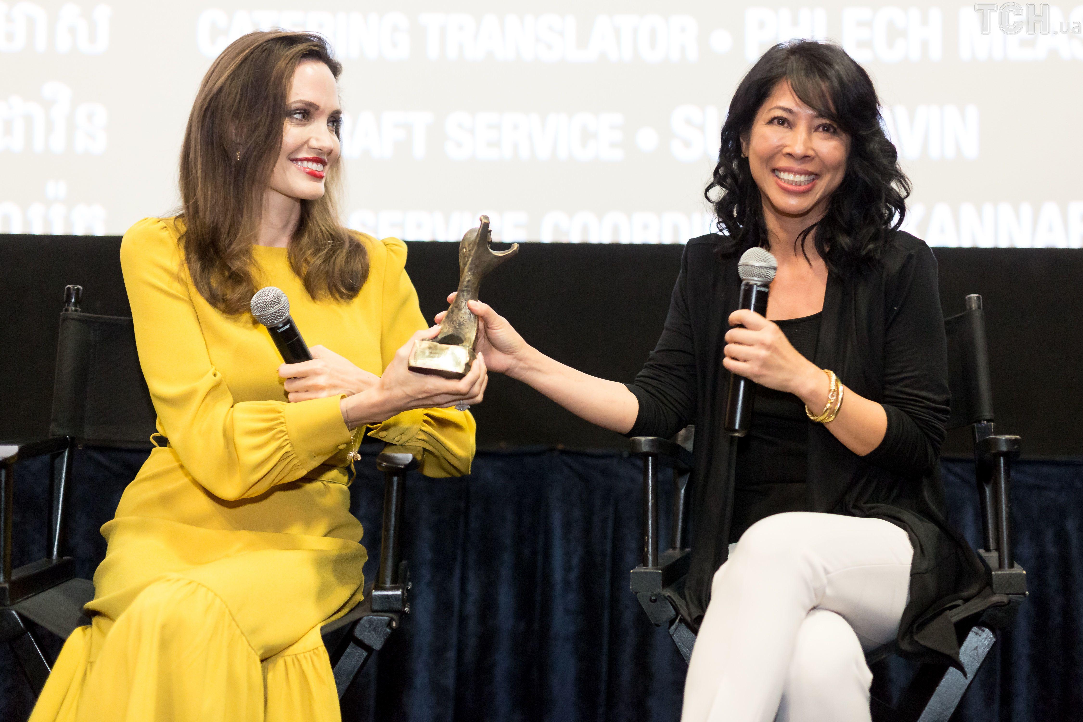Анджеліна Джолі на кінофестивалі азіатського кіно _2