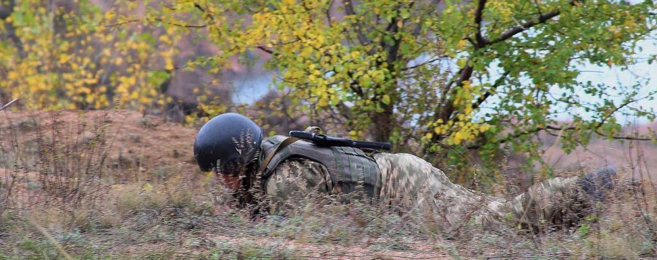 Боевики били из гранатометов и пулеметов, ранения получил украинский боец. Как прошли сутки в зоне АТО