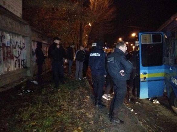 Поліція затримала учасників бійки між фанатами