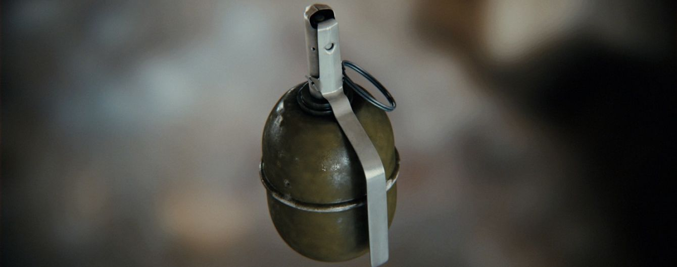 В Ровно из-за пьяного экс-военного взорвалась граната в подъезде дома