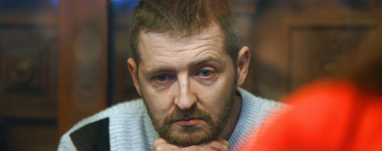 Суд взялся за пересмотр дела пограничника Колмогорова, который расстрелял автомобиль под Мариуполем