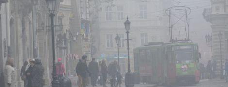 Синоптики попереджають про сильний туман. Прогноз погоди в Україні на 23 жовтня