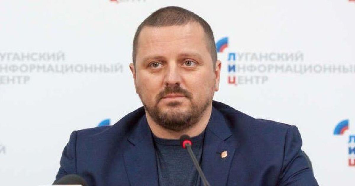 """Террорист Плотницкий выселил своего фейкового главу МВД из """"отжатого"""" дома"""