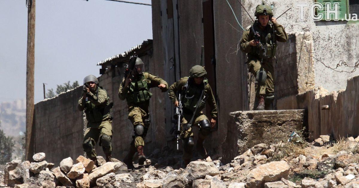 Конфликт на Ближнем Востоке: Израиль обстрелял Сирию, есть погибшие