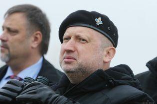 Росія 2014 року планувала вторгнення до України з материка - Турчинов