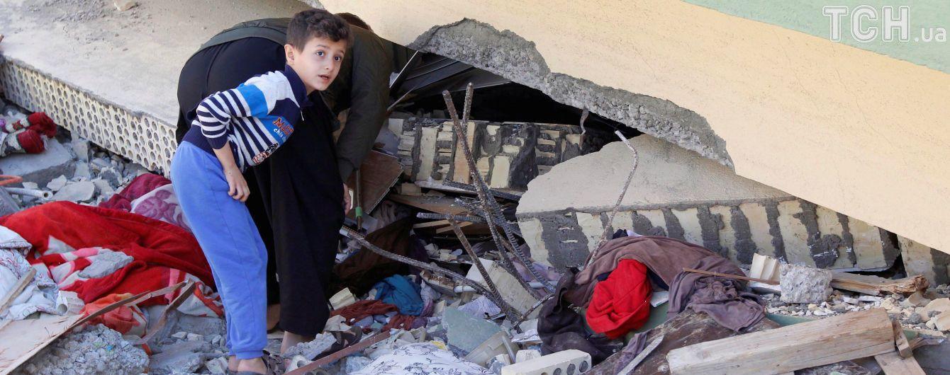 Количество жертв мощного землетрясения в Иране и Ираке достигло почти полтысячи