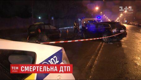 За смертельное ДТП в Киеве прокуратура просит арестовать сотрудника сервисного центра МВД