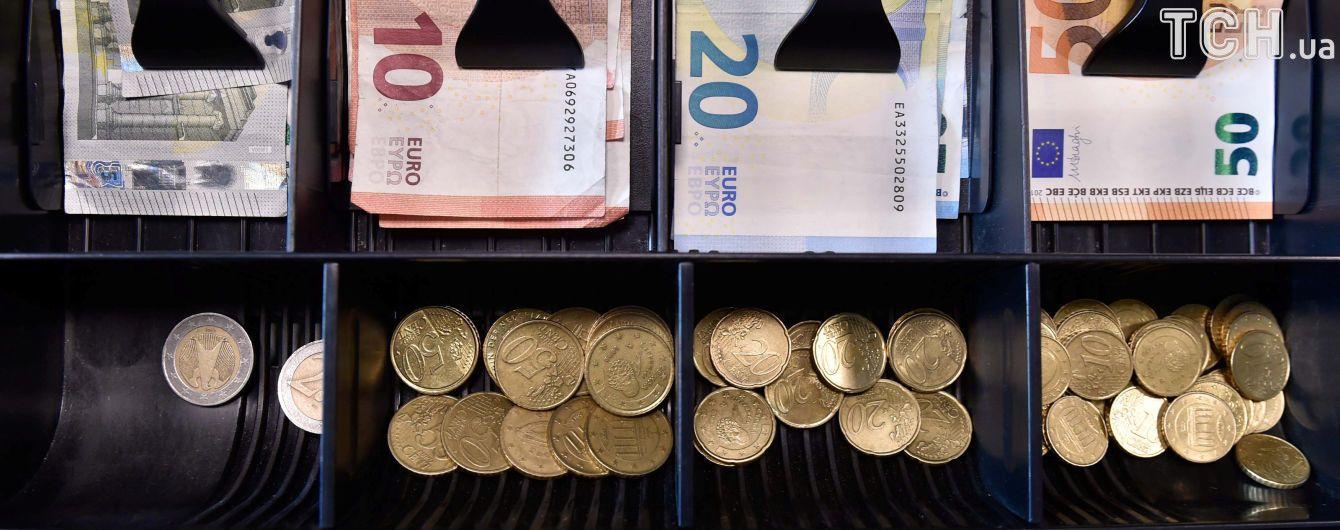 Євро продовжив дорожчати в курсах Нацбанку на середу. Інфографіка