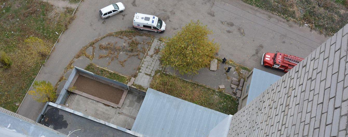 В Одессе женщина покончила с жизнью, выпрыгнув с девятого этажа