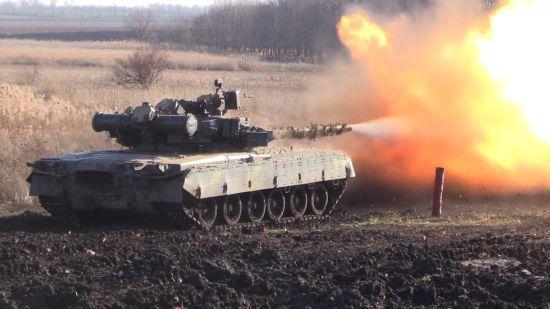 Ситуація на Донбасі: українські військові ліквідували чотирьох бойовиків та знищили їхній БТР