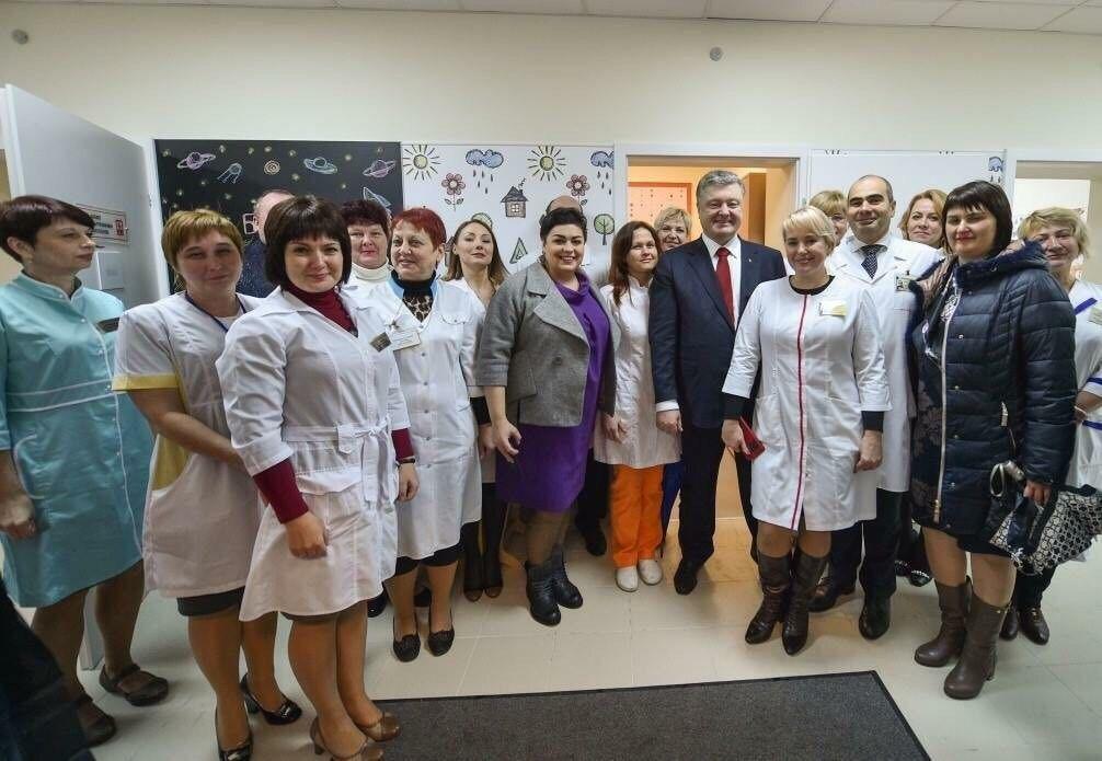 Петро Порошенко відкрив дитячу лікарню у Дніпрі_2