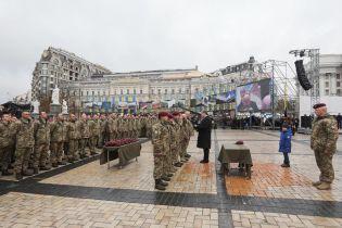 Флаг, форма, девиз, название: украинский десант заметно изменился после 21 ноября